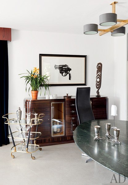 liveathome-celebrity-dining-rooms-13-adam-levine